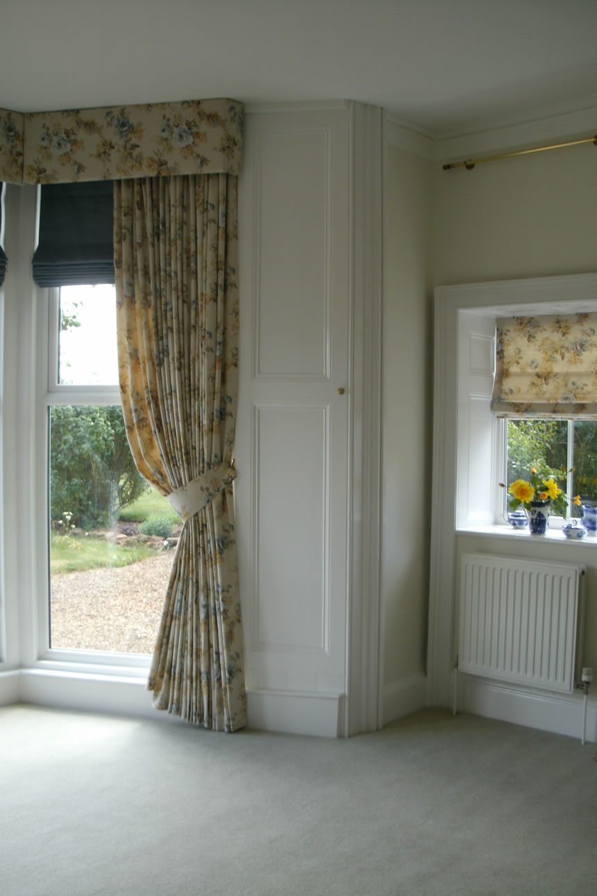 Hard Pelmet Curtains and Roman Blinds - Oakham